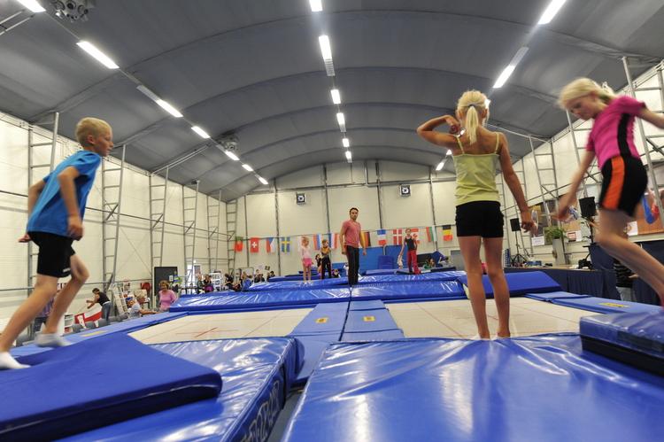 Trampoline springen bij Triffis