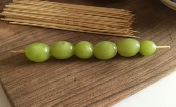 traktaties-rupsje-nooitgenoeg-druiven
