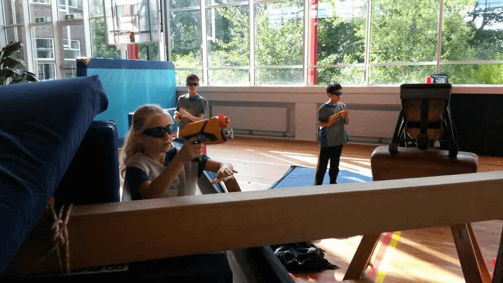 Nerf-spel bij Sportkampen