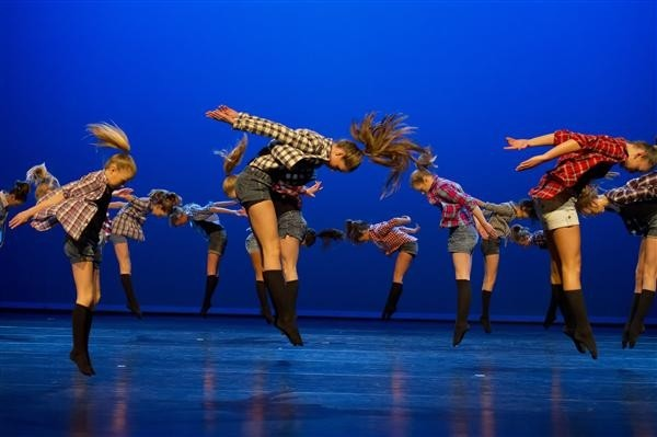 Dans, Musical, of Circusfeestje bij Studio 26