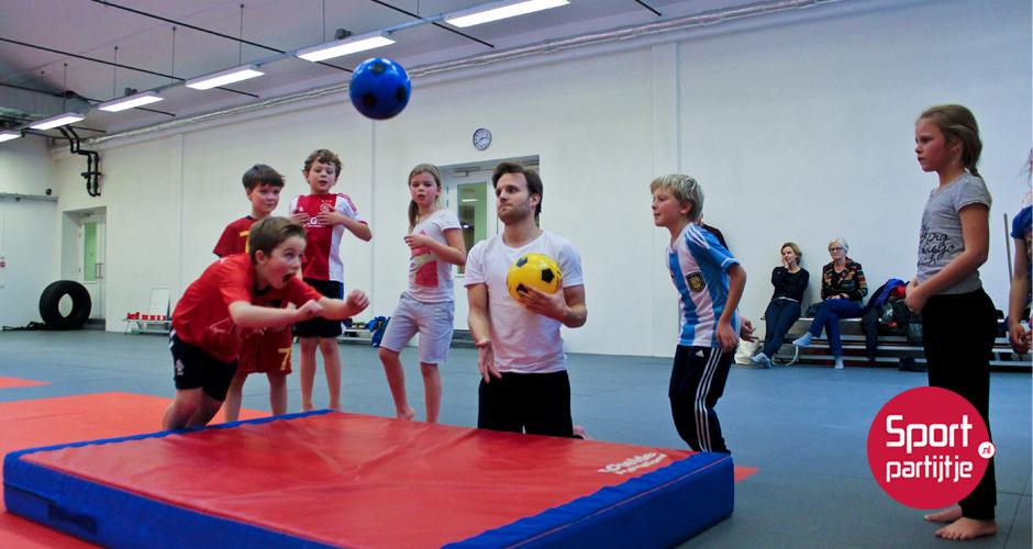 Voetbalfeestje bij Sportpartijtje